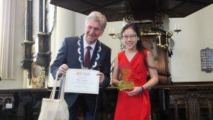 Categorie A 13 t/m 15 jaar winnaar van de 2e prijs: Josephine Teguh